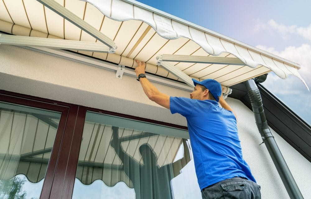 https://www.millreefsigns.co.uk/wp-content/uploads/2021/07/how-to-clean-awnings-1000x640.jpg